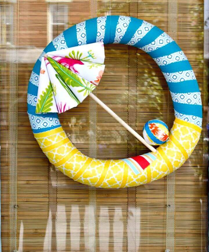 DIY Beach Umbrella Wreath - Summer Wreath