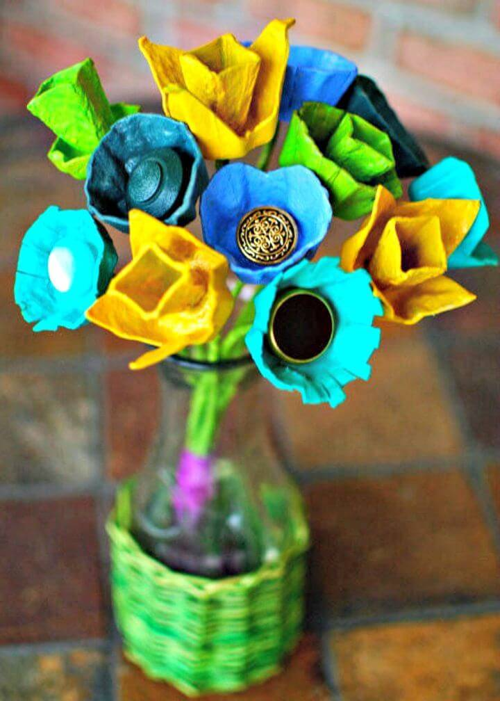 DIY Centerpieces using Egg Cartons and Vintage Buttons