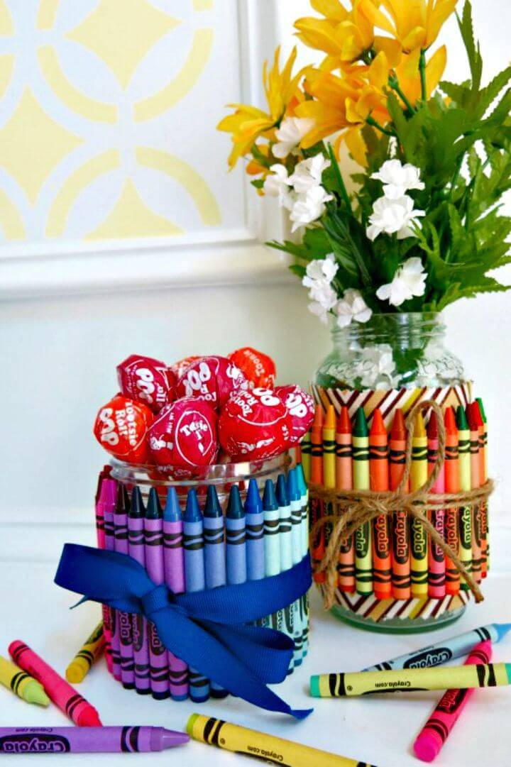 DIY Crayon-Covered Jars for Party Favors & Gifts - Mason Jar Crafts