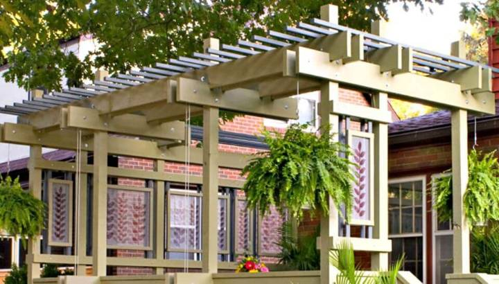 DIY Deck Pergola with Plant Hangers to Some Greenery