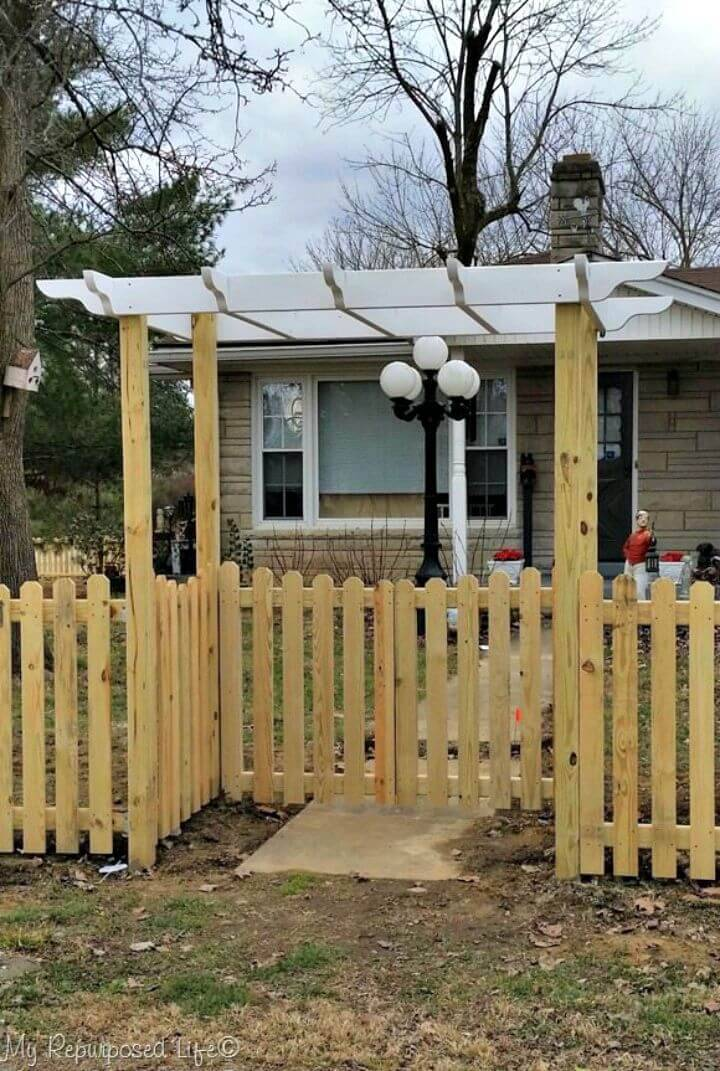 DIY Gates and Arbor Picket Fence