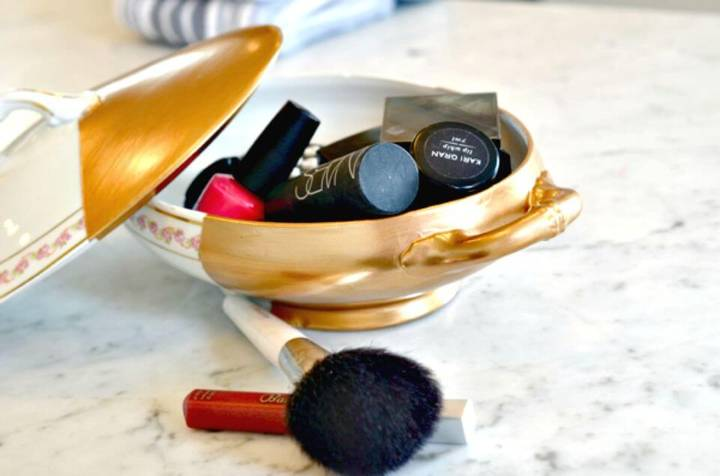 Easy DIY Gilded China Dish Makeup Organizer