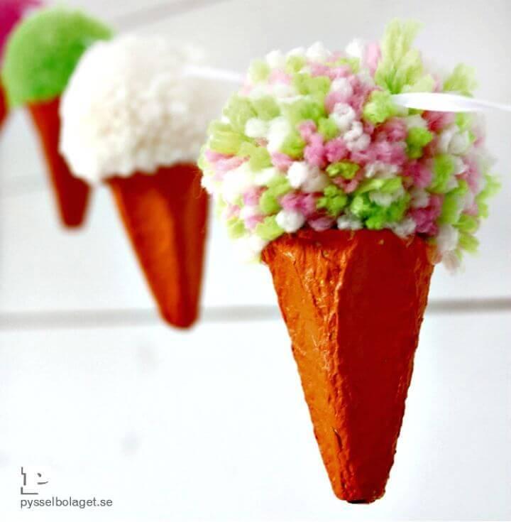DIY Pom Pom Ice-cream Garland