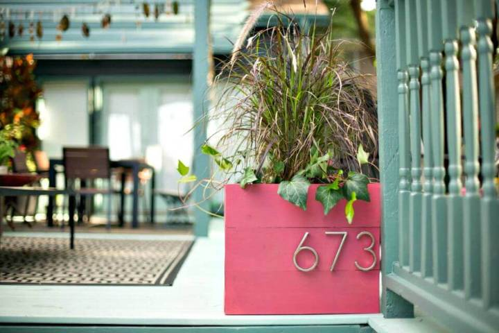 Make a Wood Planter Box With House Numbers
