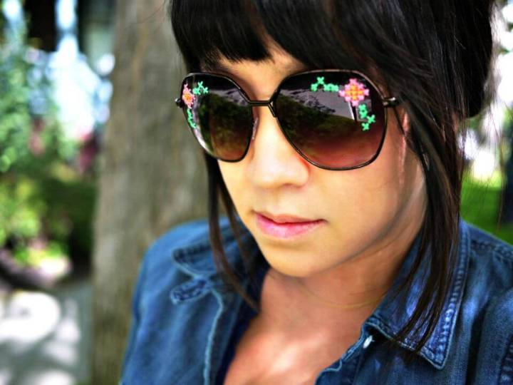 How to Make Embroidered Sunglasses - DIY Summer Fashion