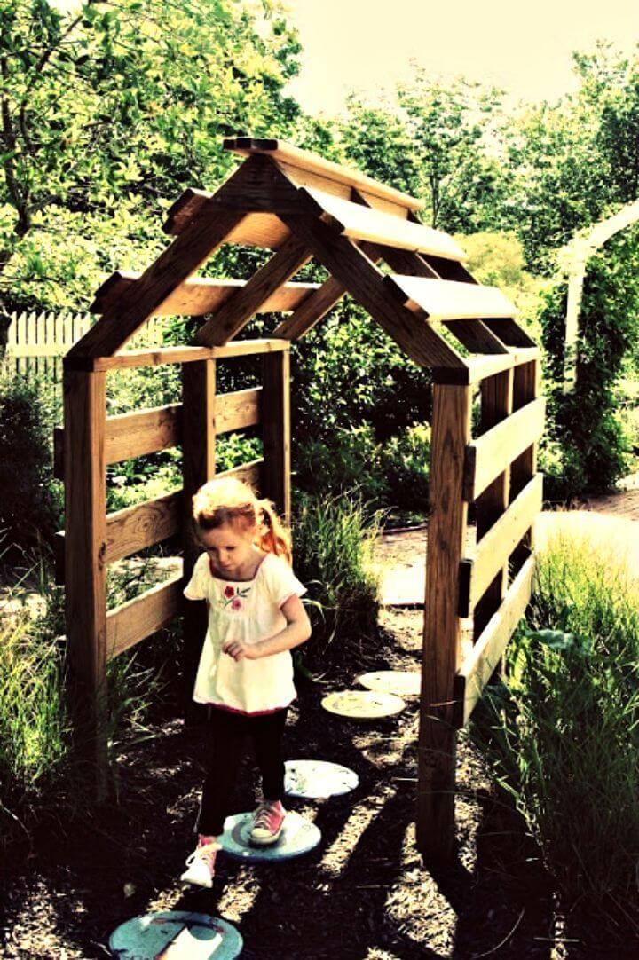 Easy DIY House Garden Arbor