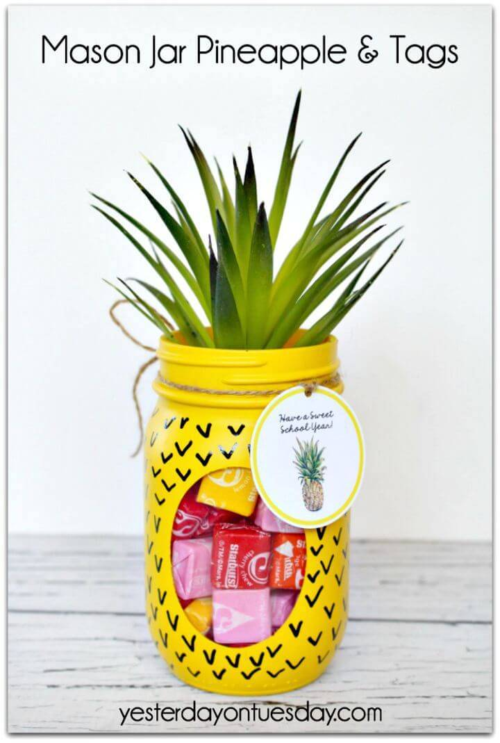 Make a Mason Jar Pineapple and Tags