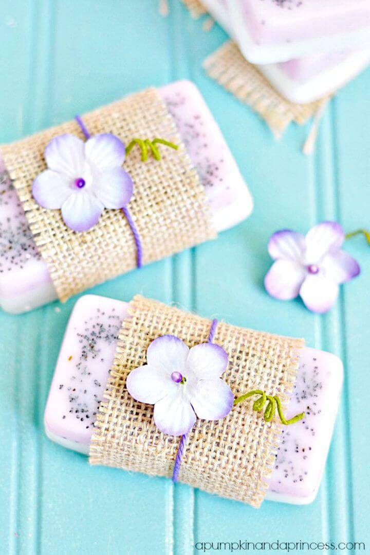 Easy Homemade Lavender and Lemon Soap Recipe - DIY