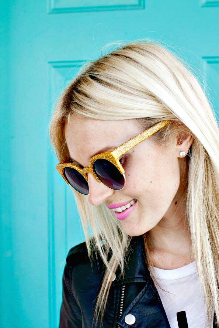 How to Make Glitter Sunglasses - DIY Summer Style