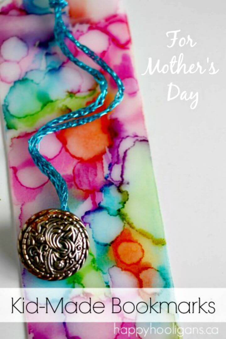 Gorgeous DIY Sharpie Tie Dye Bookmarks - Mothers Day Gifts