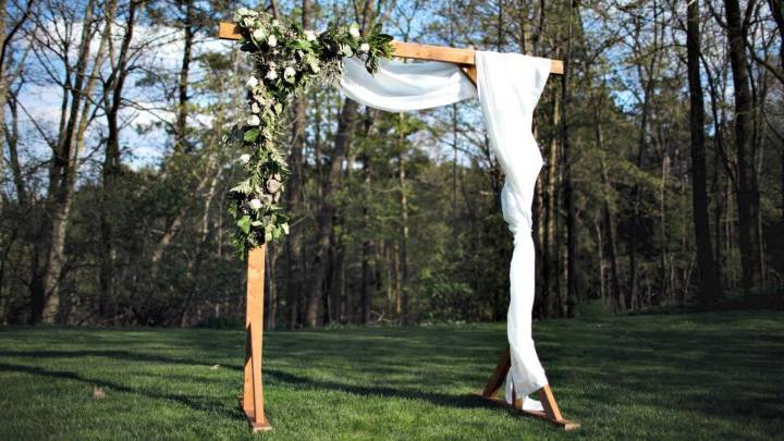 How To Build Wood Wedding Arbor - DIY