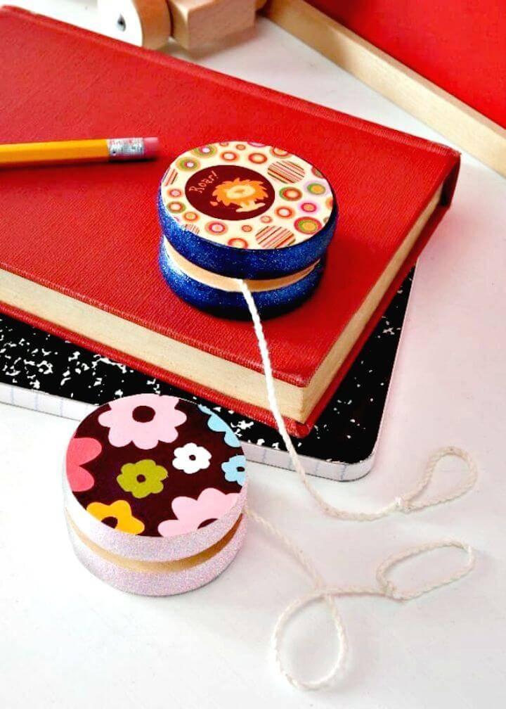 Easy DIY Decorate A Wooden Yoyo