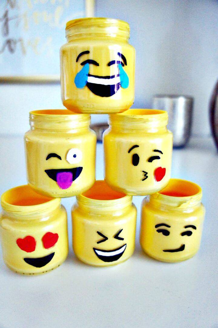 How to Make Emoji Mason Jars - DIY