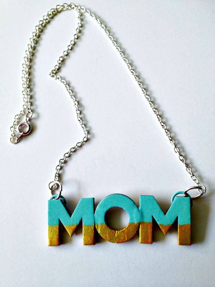 Quick DIY Mother's Day Necklace