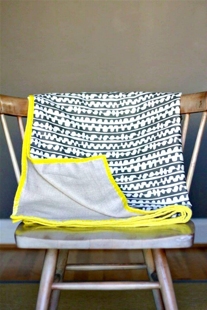 Simple DIY Spring Throw Blanket