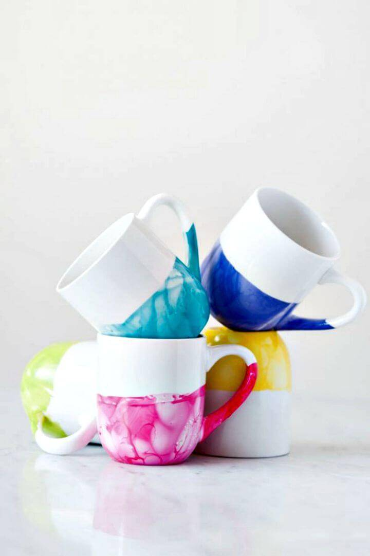 Stylish DIY Marble Dipped Mugs