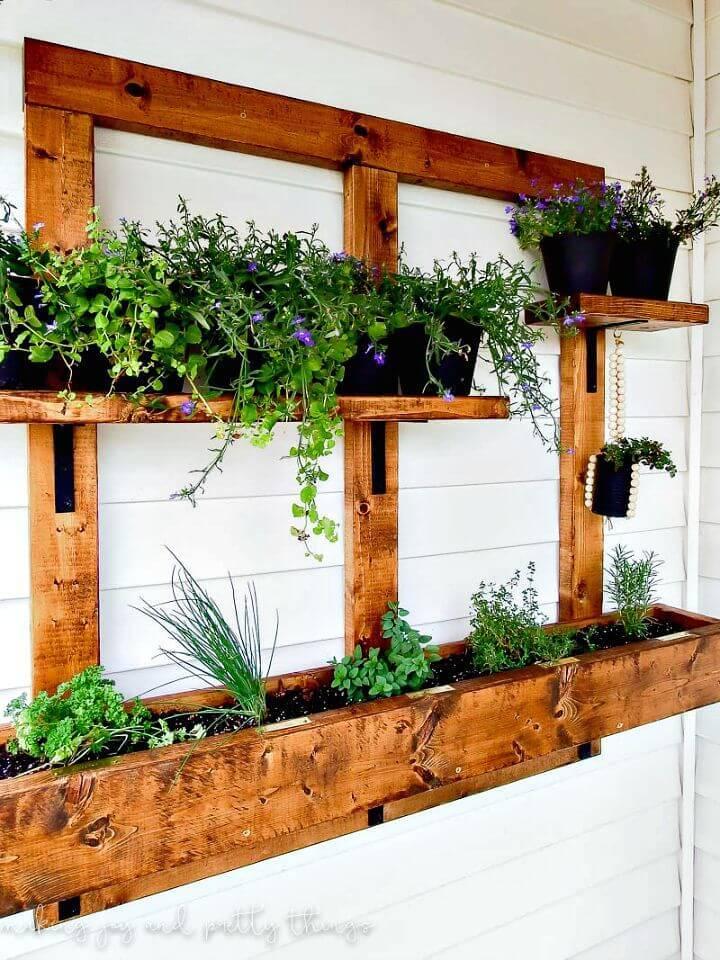Build a Vertical Herb Garden and Planter - DIY