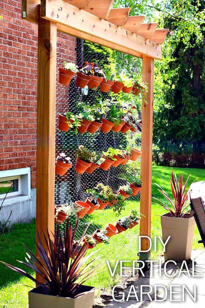 Build Your Own Vertical Herb Garden Wall - DIY