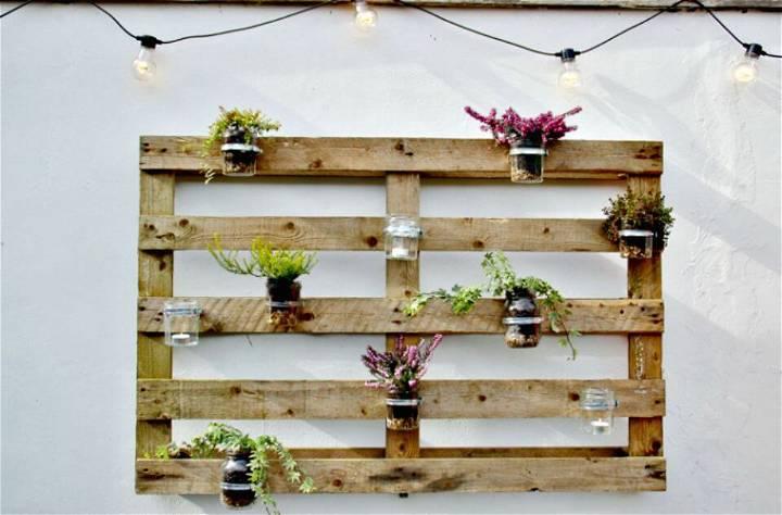 DIY Jam Jar Herb Pallet Planter