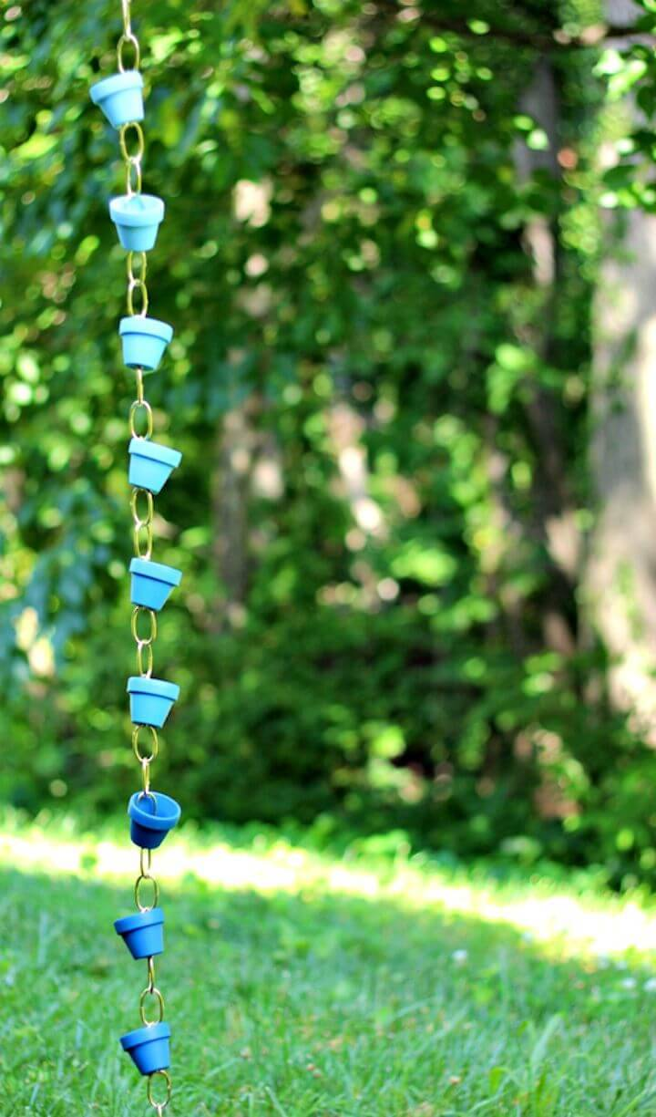 Cute DIY Ombre Rain Chain - Terra Cotta Pots Crafts