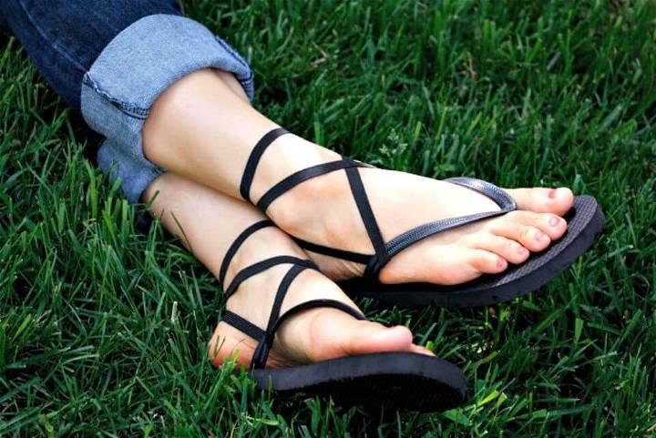 Cute DIY Strappy Flip Flops