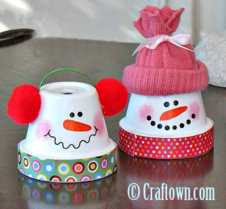 DIY Terra Cotta Pot Snowman