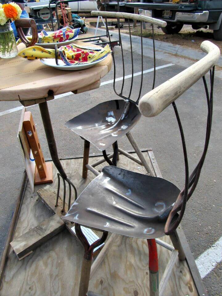 Easy DIY Garden Tool Table and Chairs
