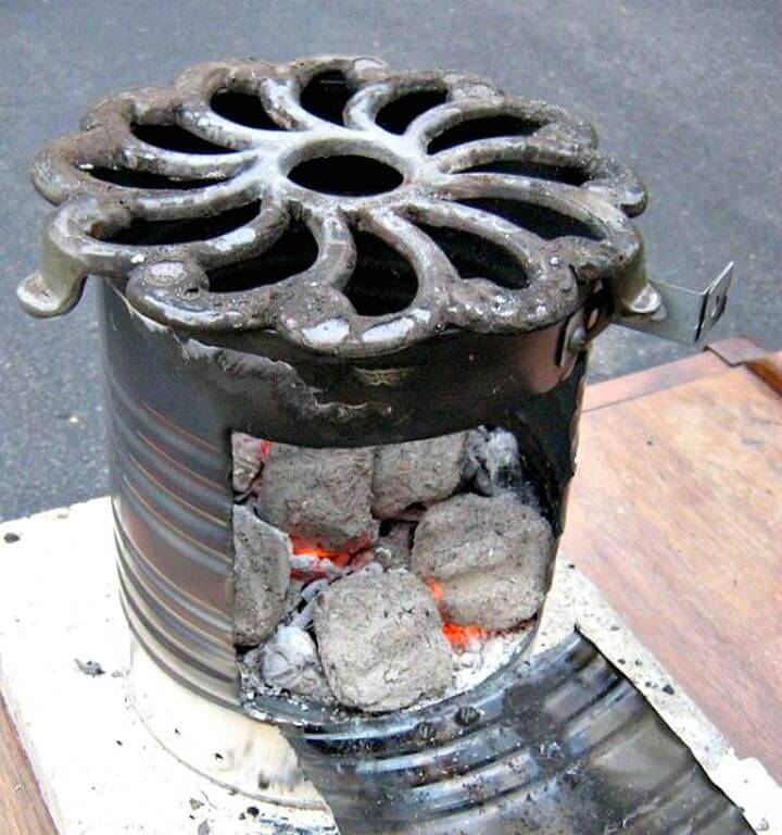 Simple DIY Small Charcoal Grill