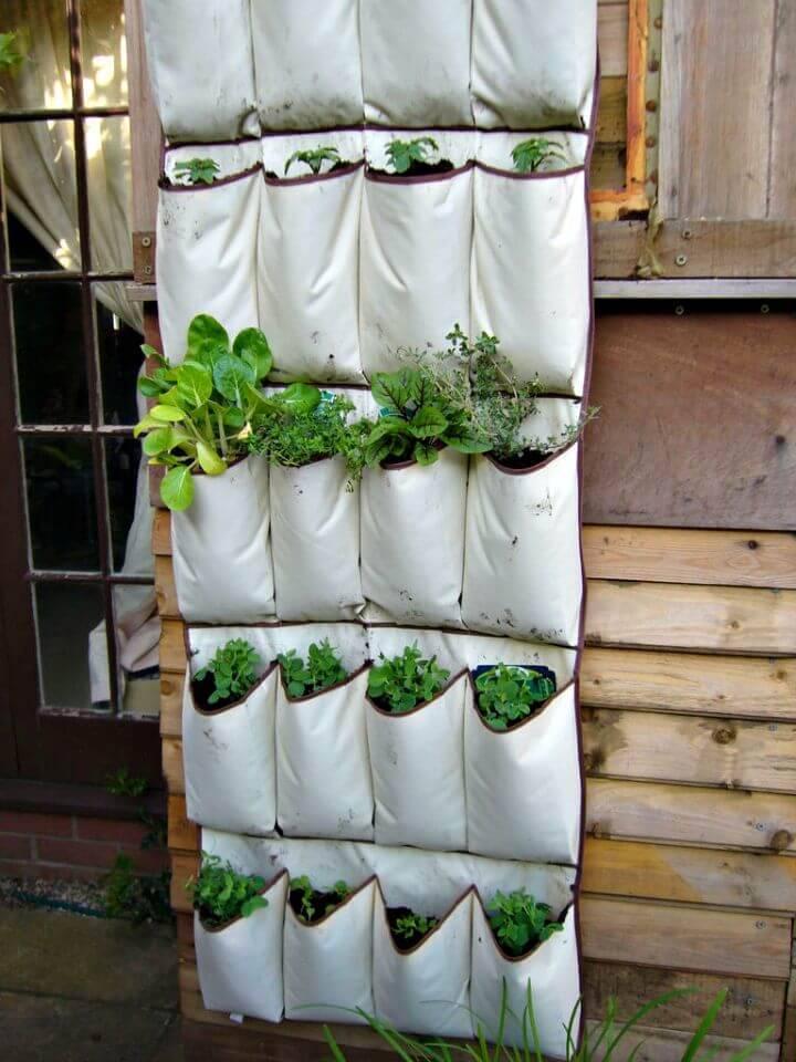 DIY Vertical Vegetables - Herb Garden