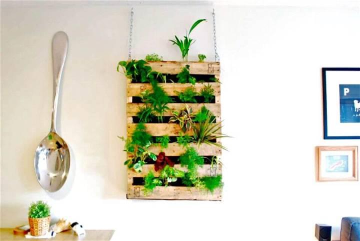 How to Build Pallet Herb Living Wall Garden - DIY