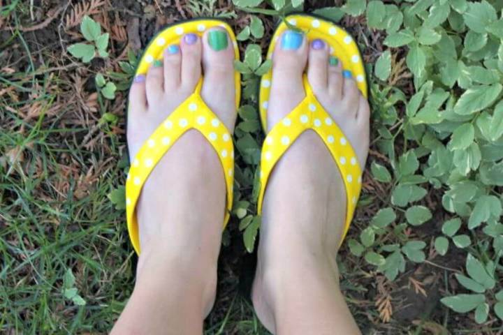 How To DIY Yellow Painted Sandals
