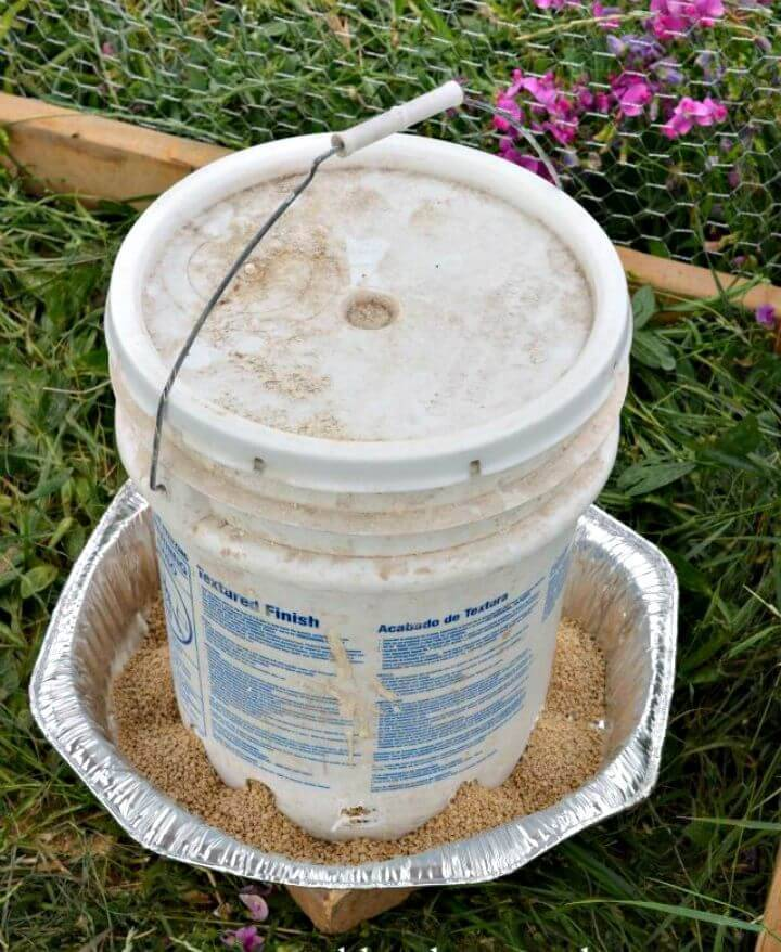 How to Make Chicken Waterer and Feeder from 5-gallon Buckets
