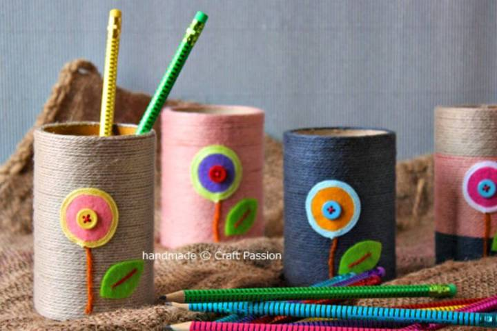 Adorable DIY Crayon Pencil Holder