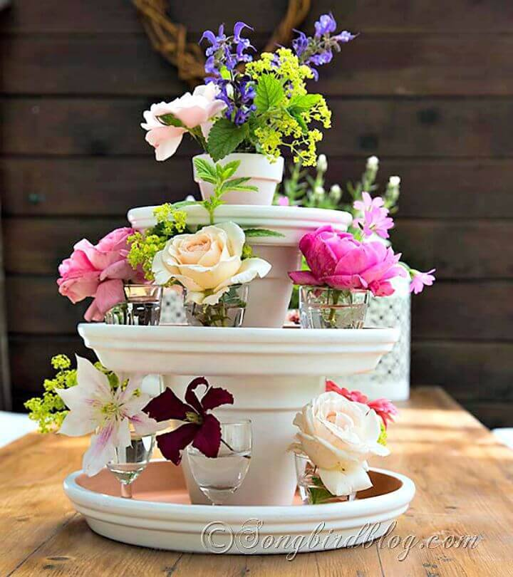 How to Turn You Leftover Terracotta Pots Into a Centerpiece