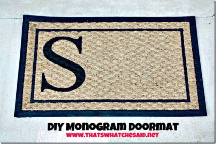 Simple DIY Monogram Doormat