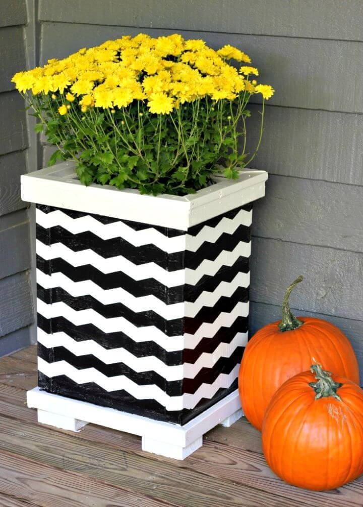 Build Your Own Chevron Wood Planter - DIY Home Decor Ideas