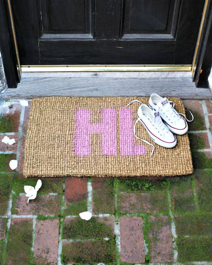 DIY Doormat With A Message - Free Tutorial