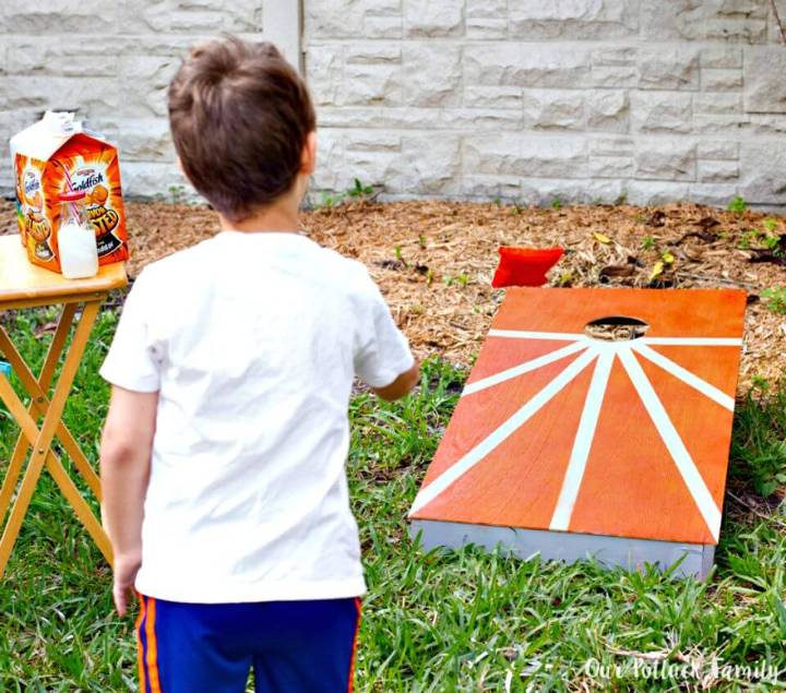 Easy DIY Cornhole and Bean Bags