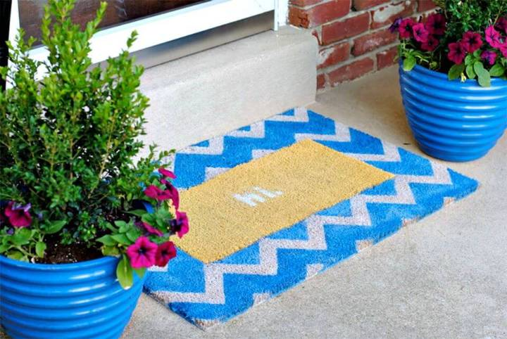 Pretty DIY Interchangeable Chevron Doormat