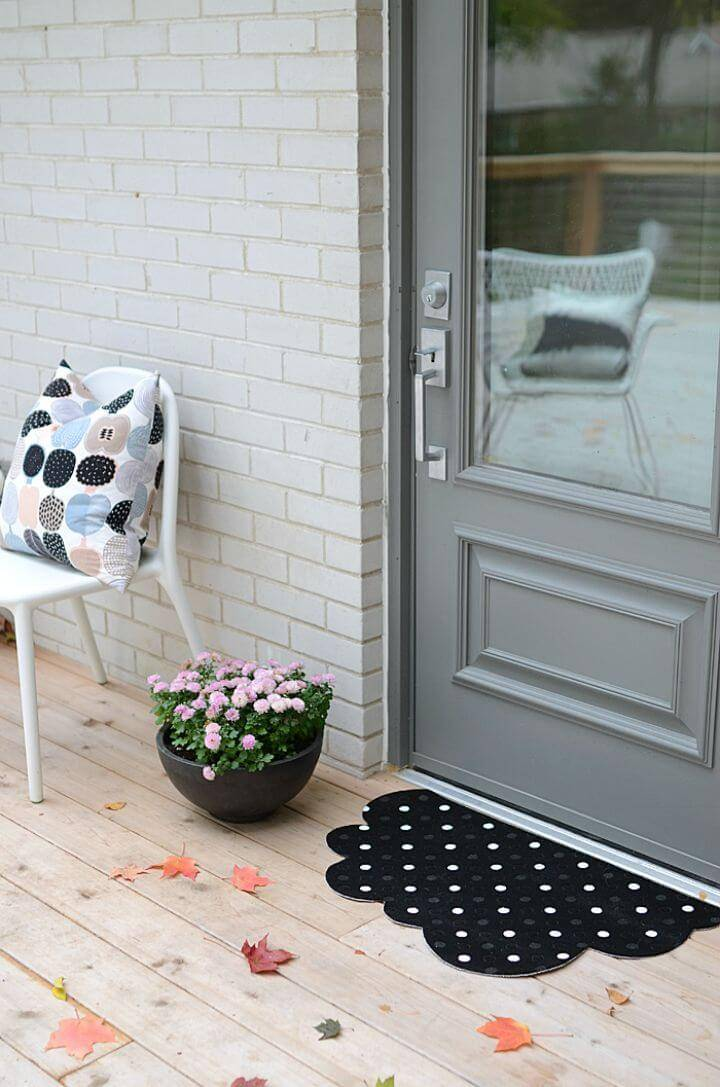 Beautiful DIY Polka Dot Cloud Mat Two Ways