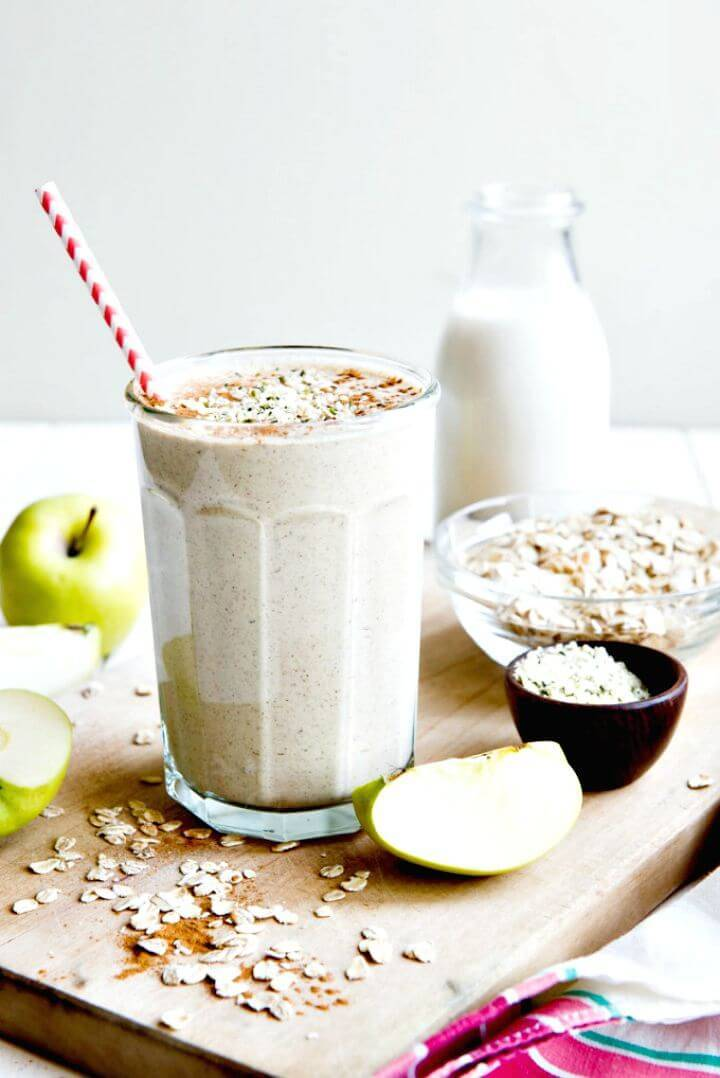 Healthy Apple N' Oats Breakfast Smoothie Recipe