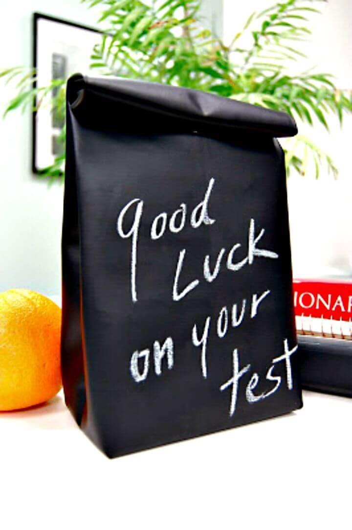 DIY Chalkboard Cloth Lunch Bag