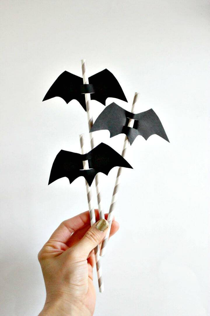 How To Make Halloween Straw Toppers