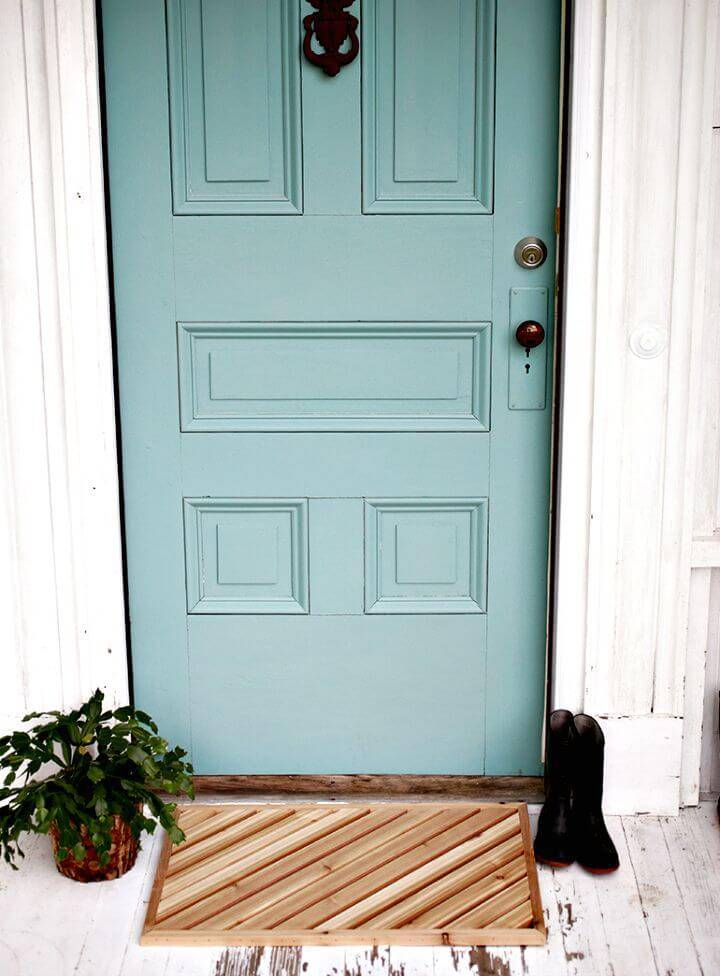 Easy and Simple DIY Wood Doormat