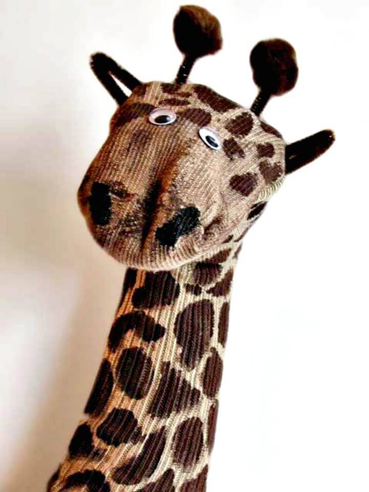 Easy DIY Giraffe Sock Puppet
