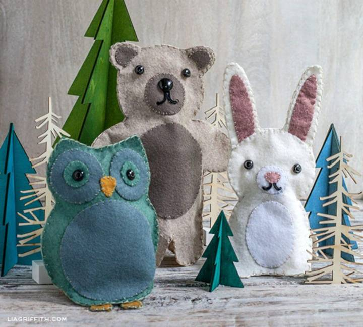 DIY Felt Puppets for Kids