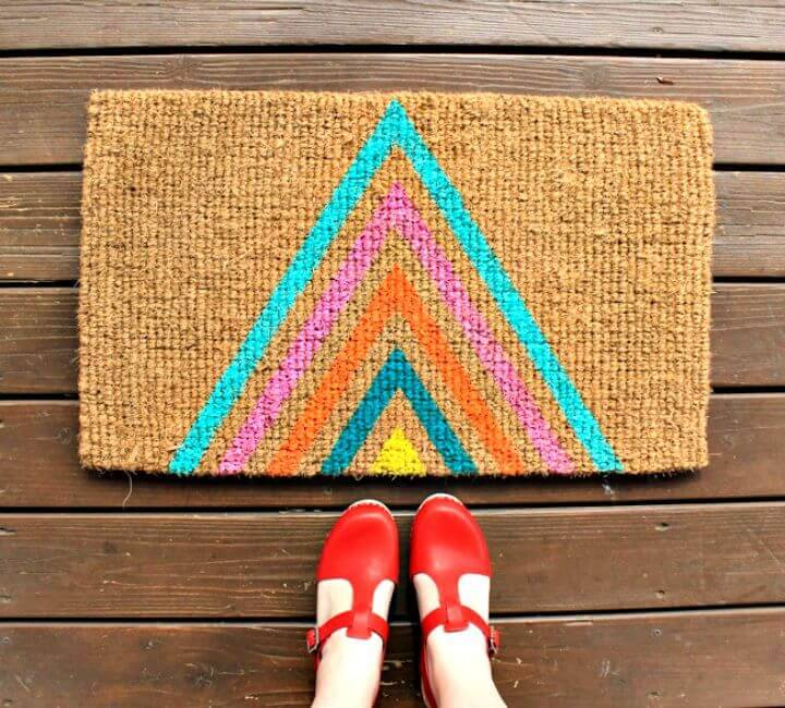 Make Your Own Geometric Welcome Mat - Free Tutorial