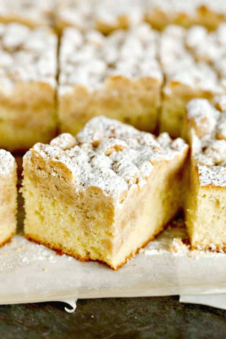 Easy DIY New York Crumb Cake Recipe