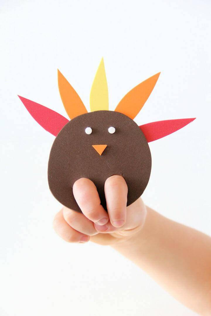 DIY Turkey Finger Puppet