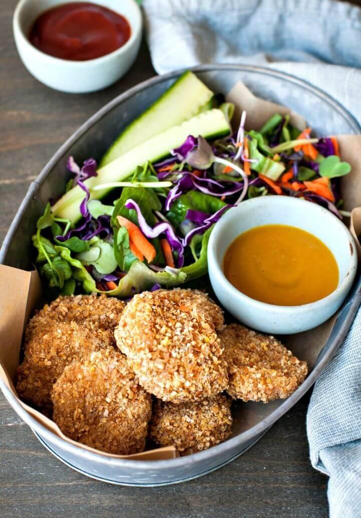 Quick 4-ingredient Crunchy Chicken Nuggets